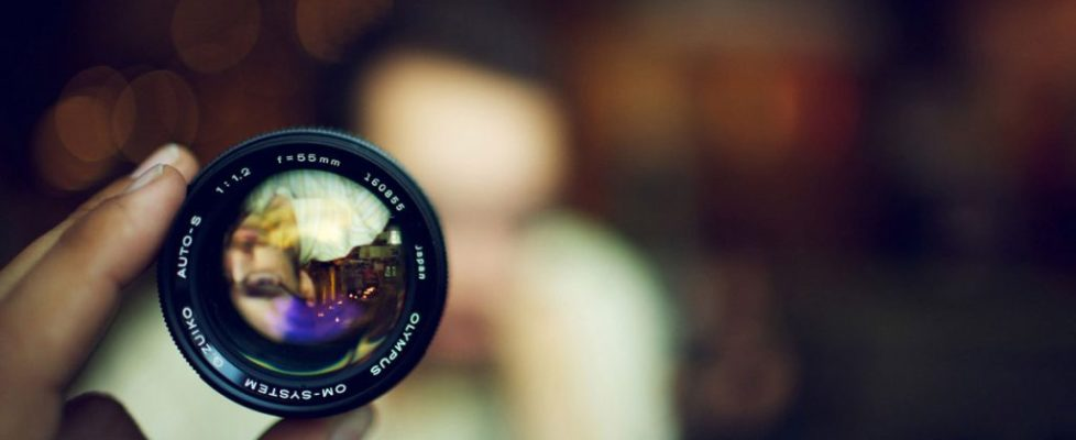 Photography Sharing – Two Sides Of A Coin